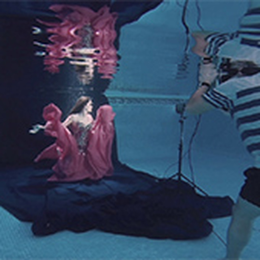 H20 Underwater Fashion